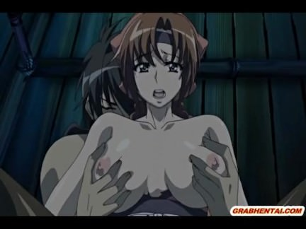 Busty Japanese gets squeezed her bigtits and