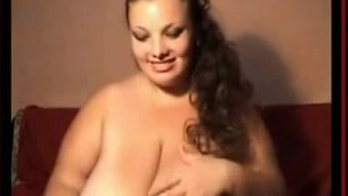 BBW with Giant Hooters Shows Off